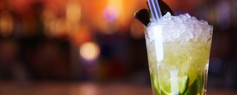 2-4-1-cocktail-thursdays-harrys-on-the-green